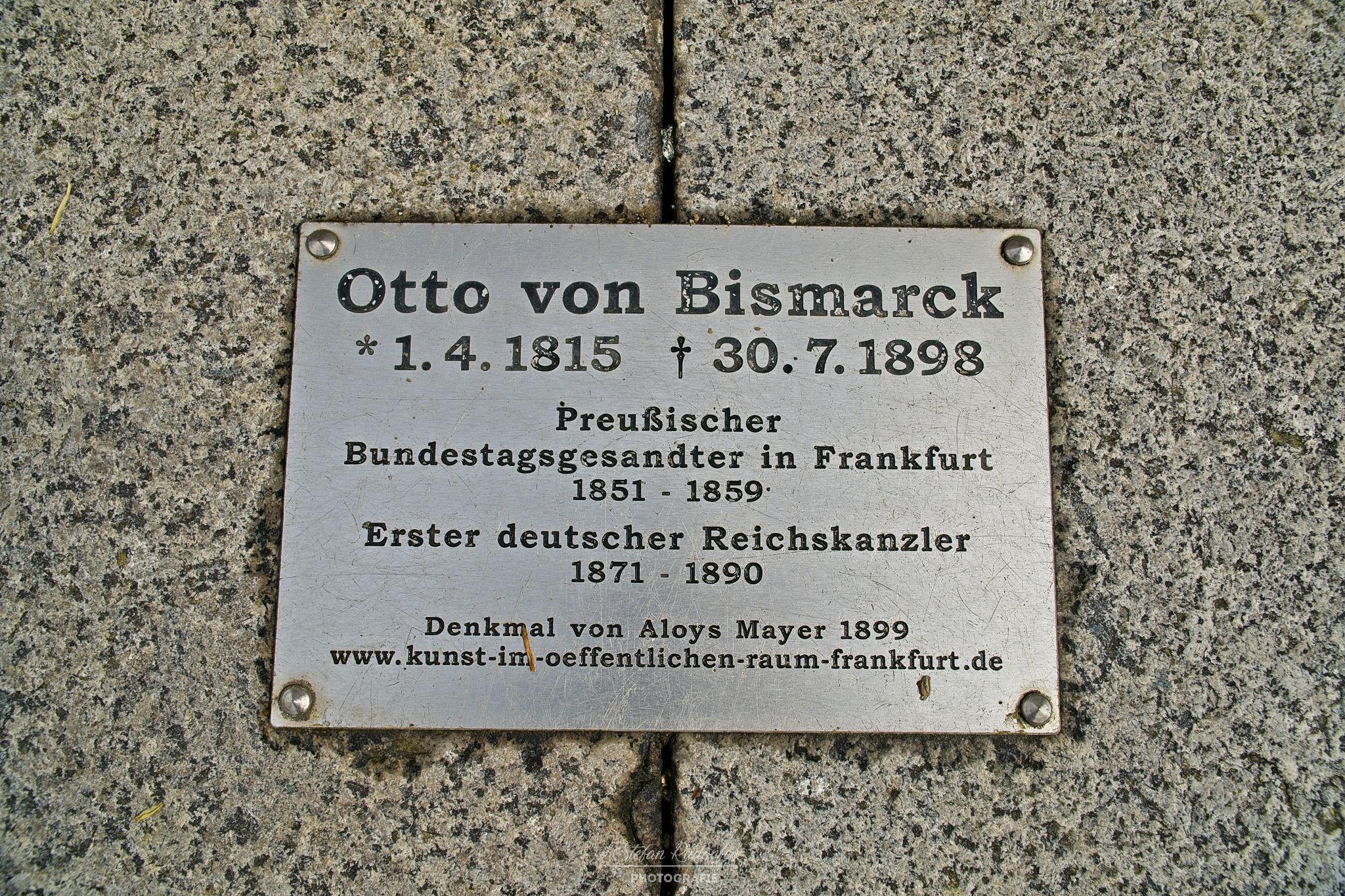 Hinweistafel zu Otto von Bismarck