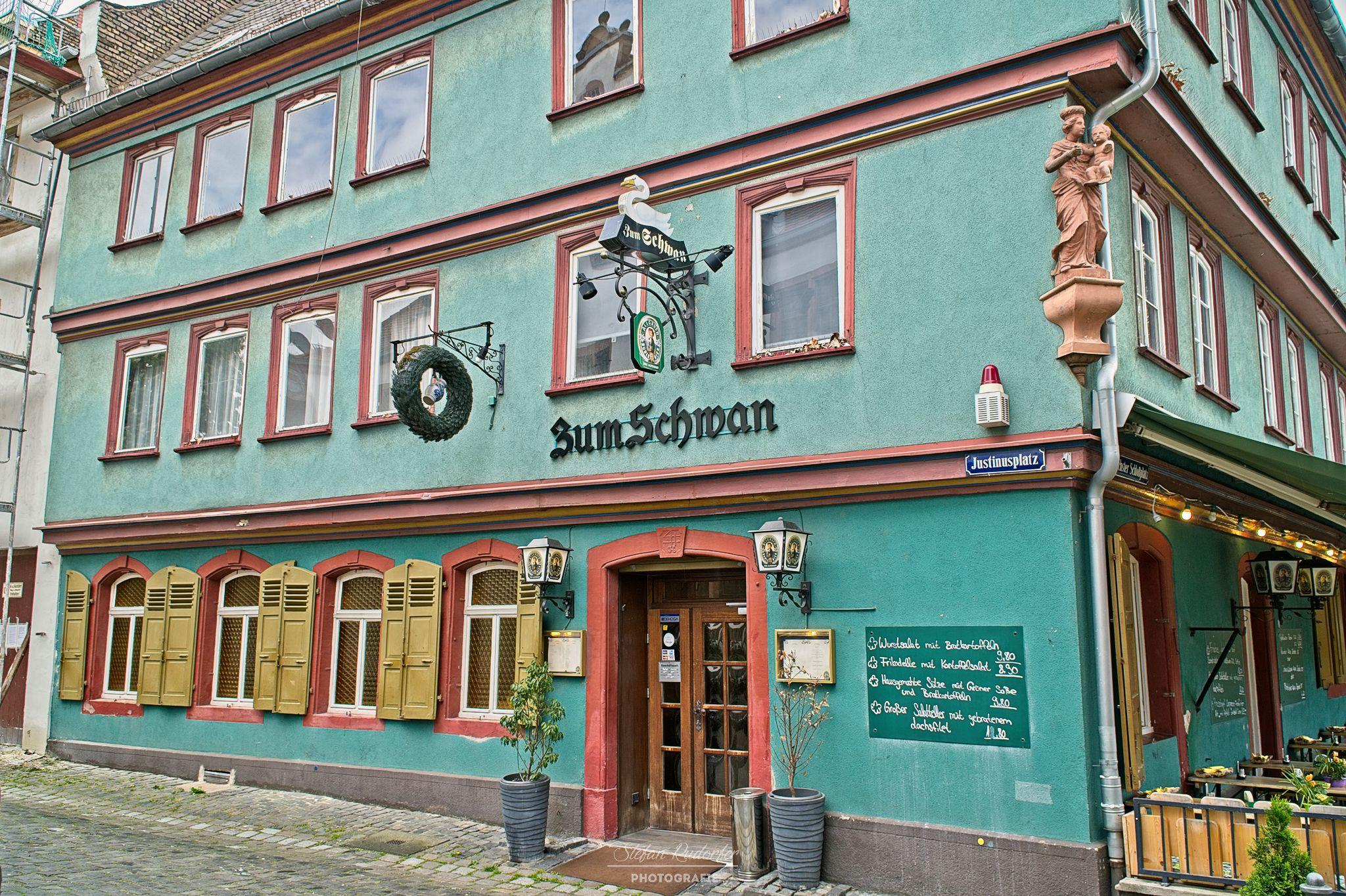 Restaurant in Höchst