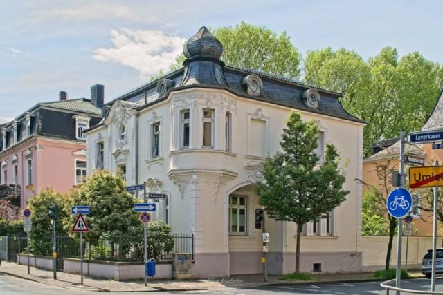 Villa in Höchst