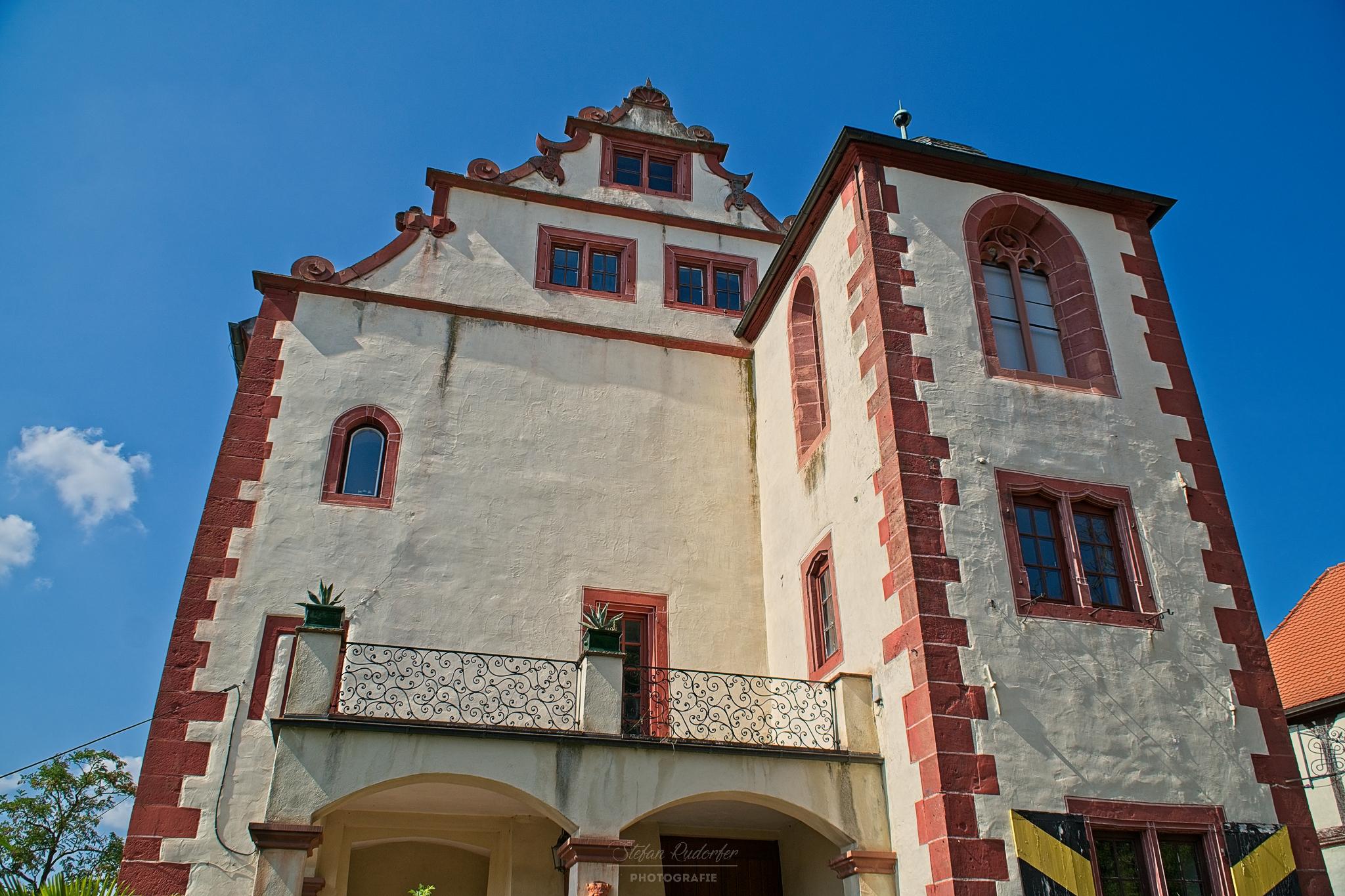 Seitenansicht der Burg