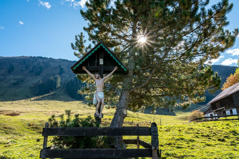 Kruzifix am Wegesrand