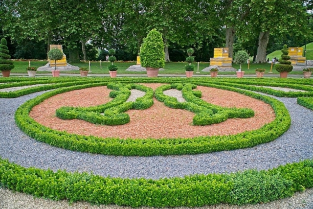 Gartengestaltung im Schloßpark