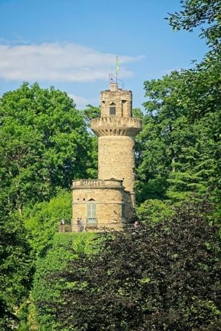 Mauerturm mit Rapunzel