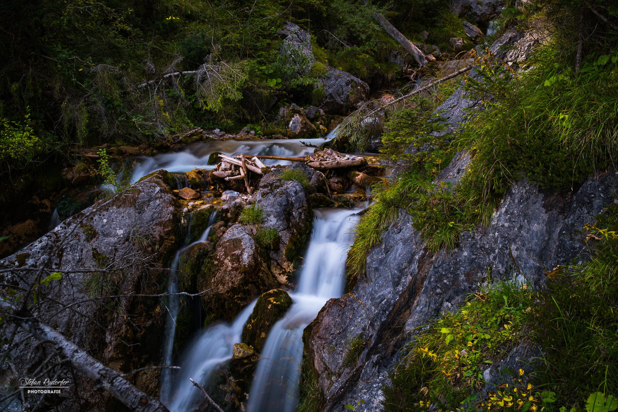 Wasserfall mit Geröll