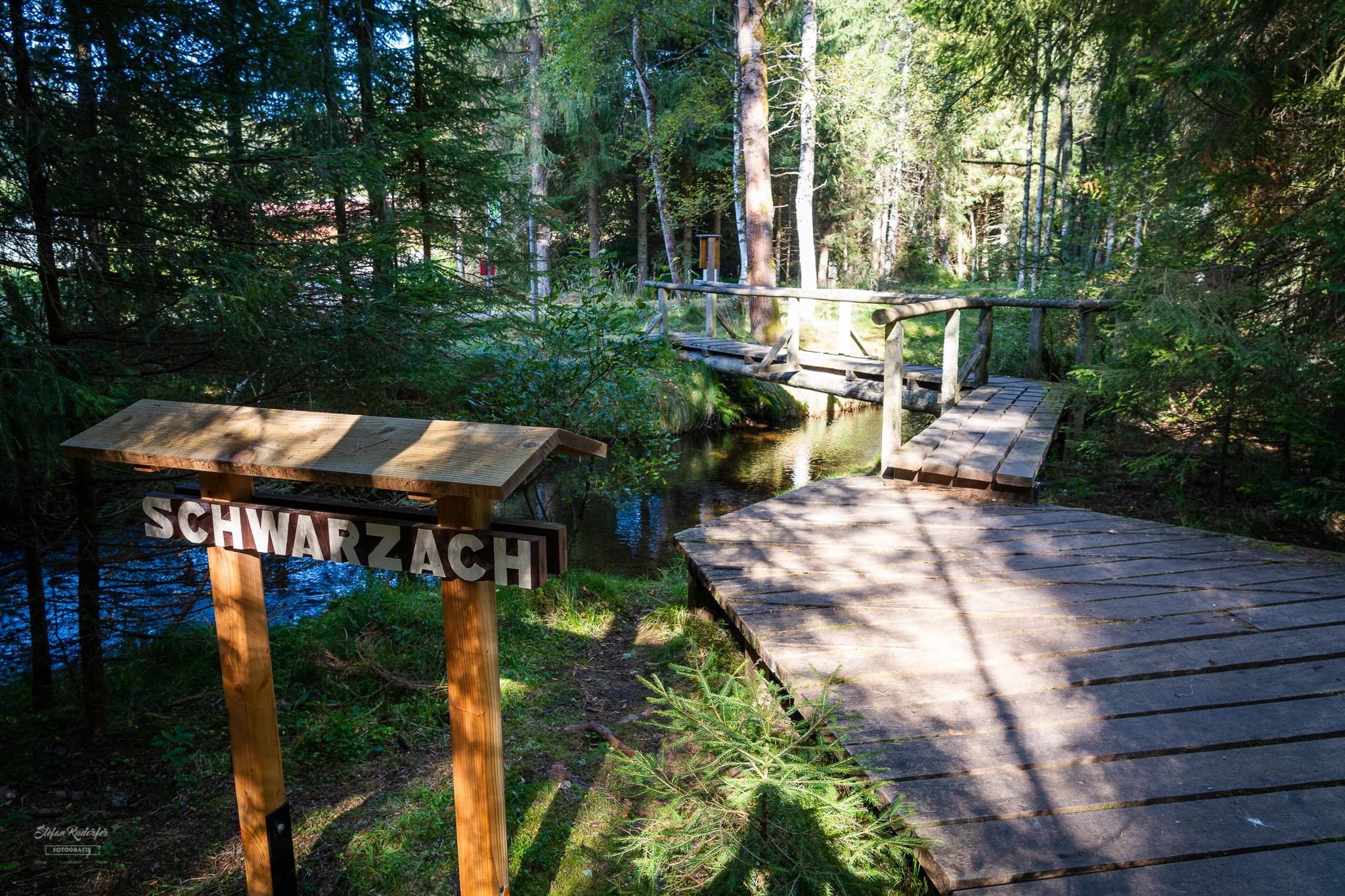 Brücke über die Schwarzach