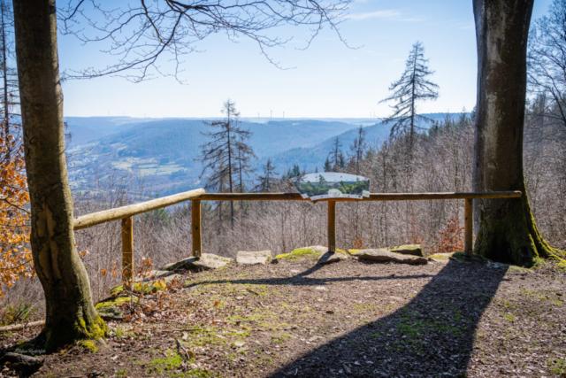 Panorama über verschiedene Gemeinden